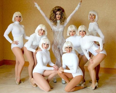 Lady-Gaga-Impersonator-Applause